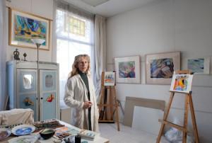 Maria Neefjes in atelier